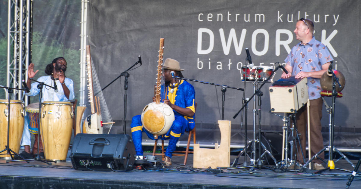 Ablaye Badji & Amadou Fola w Dworku Białopradnickim